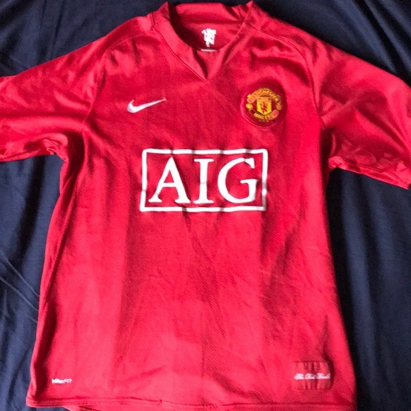 super popular c4820 d2cac Manchester United AIG Jersey Men's Medium